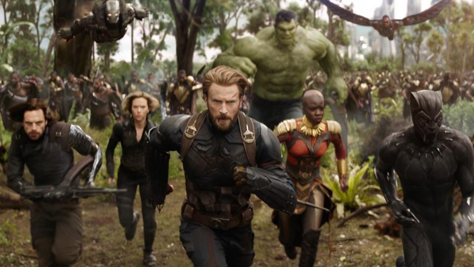 фильм Avengers: Infinity War (Мстители: Бесконечная война)