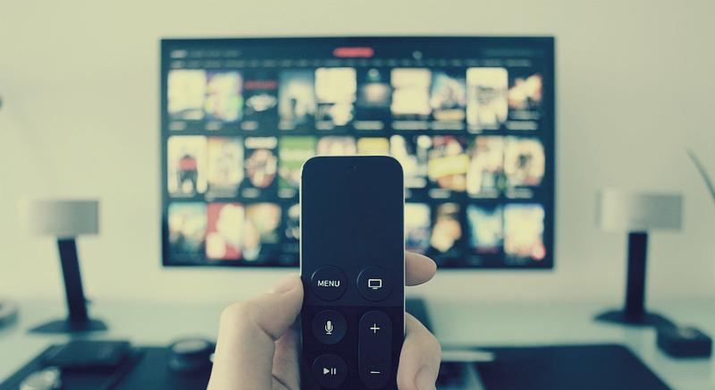 Как бесплатно смотреть ТВ каналы на Андроидустройствах (TV Box) и где скачать бесплатные IPTV плейлисты